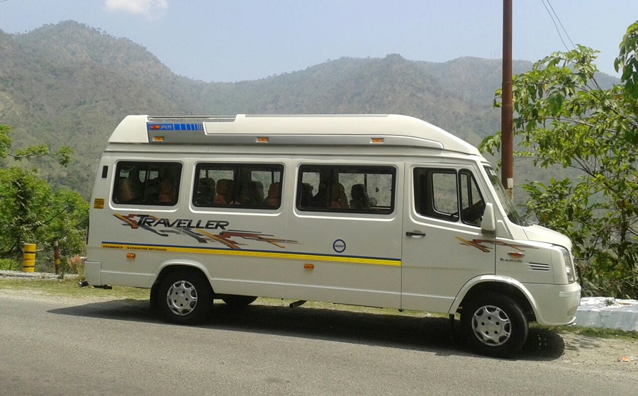 12 seater 1x1 tempo traveller